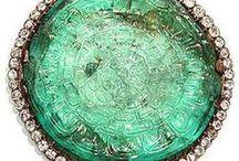 Green world and gemstones  / elajoyas. Emeralds, jades, crisoprass, paintings, cristals, gardens, plants, fashion style .... / by Gabriela Basso