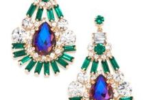 Earrings / Dangles. Crystals. Chandeliers. Buttons. Studs. Statement. Red Carpet. Celebrity Earrings Oh my! #earrings,#chandelier,#statementearrings,#jewels,#teardrop,