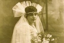 VINTAGE BRIDES / Photographs of brides throughout history