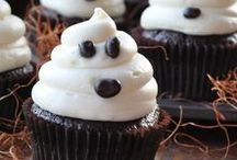 *SPOOKTACULAR HALLOWEEN Ideas* / Your favorite Pinners share their favorite Halloween themed recipes, photos & crafts.