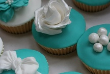 Cakes, Cupcakes, and Cakepops! / by Rachel McWilliams