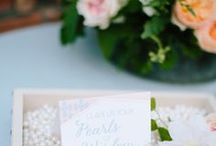 Wedding Guest Book Ideas and Favours / Discover plenty of alternative wedding guest book inspiration right here for any creative, modern wedding theme. You'll find loads of  alterantive guest book and wedding favour ideas on this board.