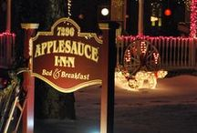 Christmas at the Applesauce Inn Bed & Breakfast