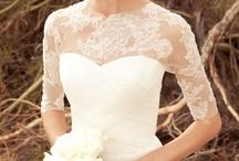 dream wedding / by Hayley Puckett
