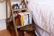 Sängynpäätyjä ja yöpöytiä