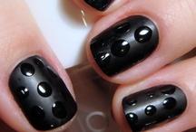 Look at those Nails!~