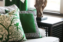 Pantone Color of the Year 2013: Emerald / Pantone has announced that this fabulous green is going to be the Color of the Year for 2013! I absolutely love this jeweled tone hue!  / by Kreative Kristina