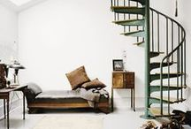 Staircases and Entryways / by Andrea Ritchie