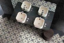 Bathrooms / by Cyn Dubs