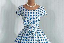 Gorgeous dresses / by Rosanne Haines