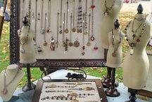 Jewelry: Displays