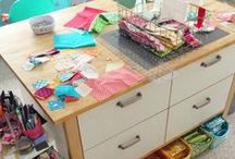 Sewing with Scraps / Simple ideas for sewing with sewing scraps to make quilts, crafts, Creative ways to use all of those sewing scraps in easy DIY projects.