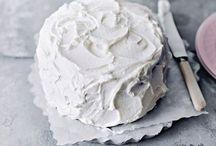 Pretty Cakes / by Marie Marius