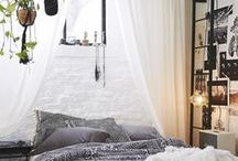 An Edgy Room / by Elena van Hove