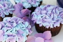 Cookies, Cupcakes & Cakes