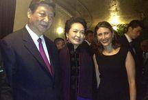 Style Icon: Peng Liyuan / Peng Liyuan, China's First Lady, wearing JLANG Costa Rica