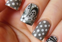 Nail Designs / by Doe Warren
