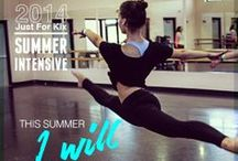 Summer intensive / WITH AN INCLUSIVE APPROACH TO OUR 4-DAY SUMMER INTENSIVE, WE DESIGN INTENSIVES THAT NOT ONLY CHALLENGE AND MOTIVATE, BUT THAT BELIEVE IN EVERY DANCER.