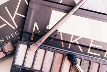 Urban Decay / The edgy beauty brand from California, that we use and love!