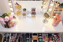 The Vanity Table / There is nothing like the sight of organized makeup!