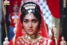 Desi Film Divas / by Sukhjit Ghag