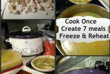Freezer Cooking / Ways to make meals and freeze them to crockpot cook them later. Freezer meals, freezer cooking, crockpot cooking frozen meals.
