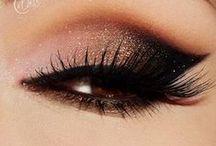 Make My Face Up / by Chantal Benoit