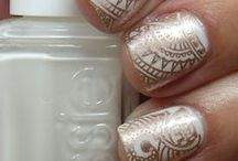 BEAUTY - Nails / by Rosemaery Lorefield