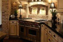 Home - Kitchen / by Caroline Kelly
