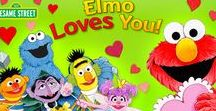 Elmo Loves You! / Snuggle up with Elmo Loves You!, an adorable pop-up story about the things we love. This is a storytelling app, which will help teach your child about love and friendship. Based on Sesame Street's best-selling storybook.  Find out more http://storytoys.com/apps/elmo-loves/