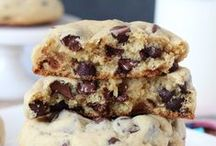 Best Cookie Recipes! / All kinds of cookie recipes! / by Lindsay | Life, Love and Sugar