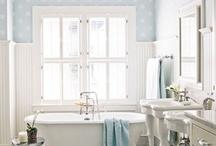 Interiors: bathroom / by Vera Voit