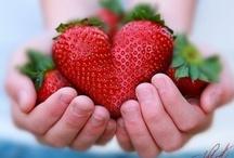 I LOVE ∫ Strawberries / by Xammes fotografie