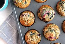 Baked Goods / Healthy baked good recipes - great for snacks or breakfast! These recipes include muffins, breads, scones, and more. / by Slim Sanity | Alysia Ehle