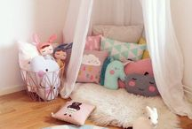 Girl's bedroom / Inspiration for decorating young girl's bedroom