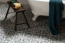 Cloakroom / Decorating ideas for small toilet room. Morocan influence