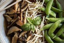 Delicious Vegan Recipes / vegan food / by Rawmazing