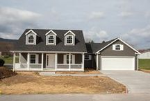 Laurel Valley House Plan / 3 bedrooms, 2 baths, 2-car garage and a open floor plan. Master suite is separate from the other bedrooms; full length front porch. #Sedgewick_Homes #NC_homebuilder #NC_custom_builder