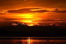 Sunsets and moonlight / Beautiful sights ♥ / by Magda van Niekerk
