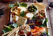 Food - Appetizers, Dips, and Hors D'oeuvres / by Ryann Laden