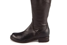 Knee Boots / Alberto Fermani high boots and over-the-knee boots / by Alberto Fermani