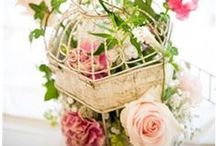 Vintage Wedding Theme / Some vintage inspiration for your #wedding abroad.