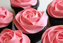 Foodie ~ Cupcakes / by Erica
