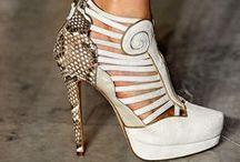 Shoes, Shoes Shoes !