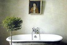 bathrooms / by Elana Frankel