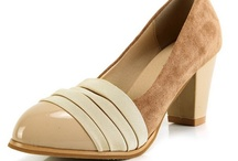 Mid Heel Pumps / by Weenfashion.com
