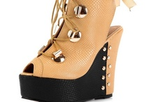 Wedge Pumps / by Weenfashion.com