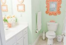 Homes - Bathrooms / by Precious Style