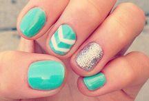 Nails/mani's/Pedi's / by Ashley Bennett