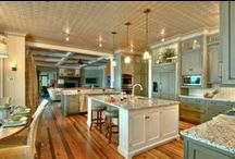 Kitchens / by Allison {A Glimpse Inside}